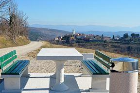 Novi vidikovac Armanija s pogledom na Oprtalj