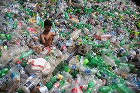 Prvi film koji prikazuje onu stranu priče koju industrija plastike zaista ne želi da vidite