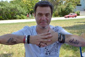 Alen Vitasović na podlakticama ima istetovirana imena svoje djece (Neven LAZAREVIĆ)