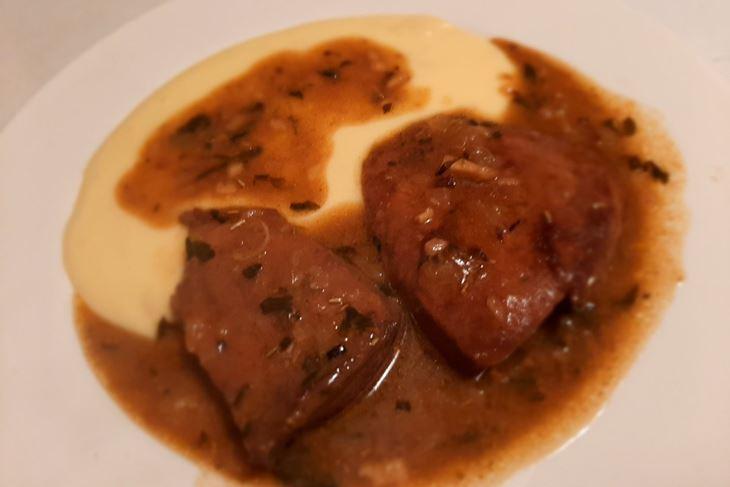 Jetrica na venecijanski način s pire krumpirom (Snimila Tea Tidić)