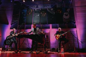 Trio Jazz Continuo - vibrafonist Vid Jamnik, gitarist Primož Grašič i basist Mario Mavrin (Snimio Matej Grgić)