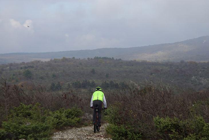 Manje je bilo planinara nego biciklista, iako je staza teška (Snimio Enes Seferagić Enki)