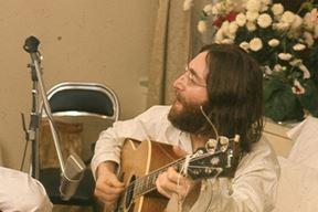 John Lennon (Snimio Roy Kerwood)