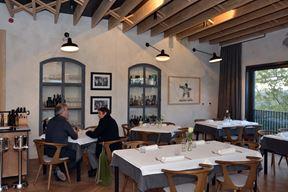 Topli ambijent u restoranu labinskog hotela Peteani