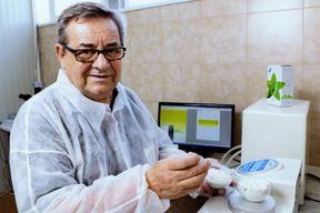 Dr. sc. Mirsad Sadiković u postrojenju Vidris Farm Istra u Potpićnu
