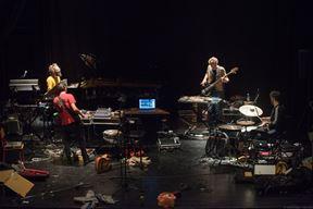 glazbenici Neven Radaković, Alen i Nenad Sinkauz te Alex Brajković krajem listopada šest su dana istraživali nove načine upotrebe istarske ljestvice (Andi Bančić)