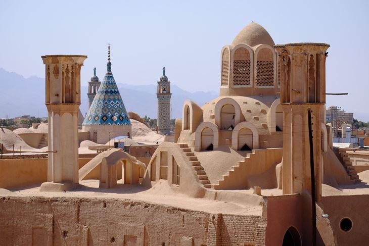Hvatači vjetrova - bogataške kućice i minareti u gradu Kašanu