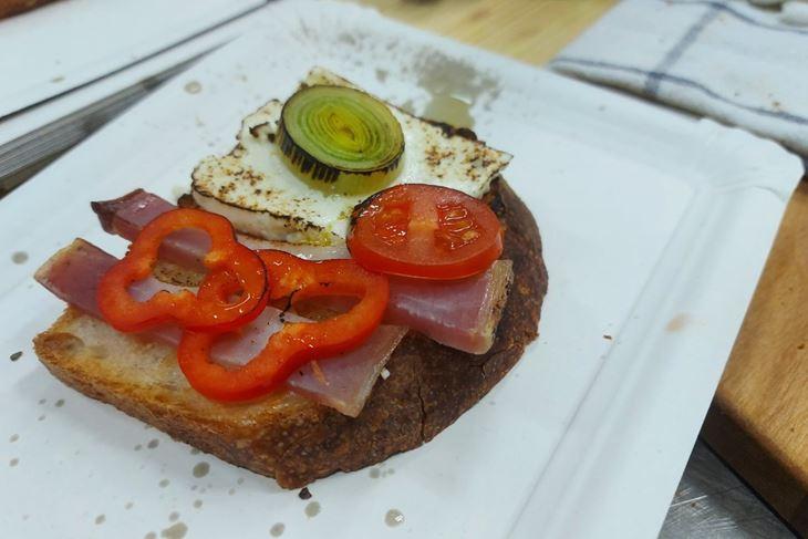 ZEMBINA ŠKOLA KUHANJA: Puležanska bruschetta by The Outlaw Chef