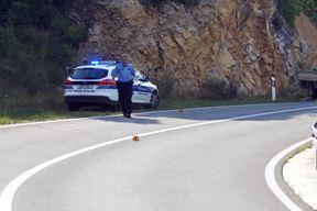 Prometna nesrecxxa, Vozilici - Plomin, policija, ocxevid, snimio Mateo SARDELIN