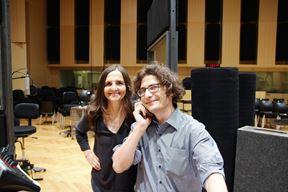 Tamara i dirigent Jazz orkestra HRT-a Andreas Marinello (Snimila Marija Štilinović)