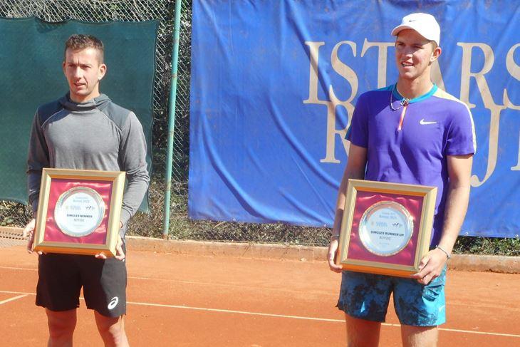 Finalisti rovinjskog turnira - Corentin Denolly i Martin Damm (Snimio Ivica Radetić)