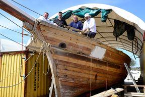 Brod preuzeli na Sardiniji, u gradiću koji se zove Pula! - Damir Mikac, Damien Daille, Boris Radolović i Livio Jelčić, s njima je u poslu i Branko Sangaleti