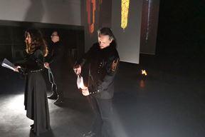 Performans s vatrom izveli su Dean Zahtila, Ana Černjul i Damir Stojnić