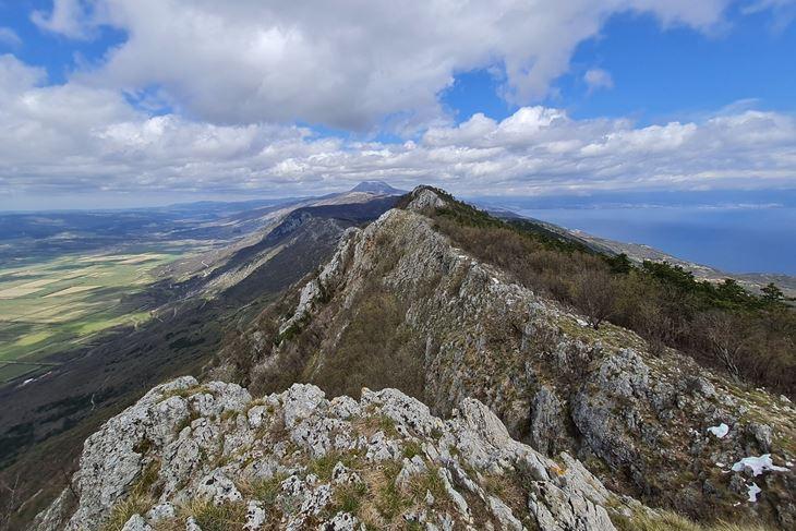 Pogled s grebena Šikovca - Učka, Čepićko polje, Rijeka i Kvarner  (Snimio Enes Seferagić Enki)