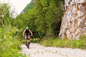 Na stazi se mogu vidjeti ljepote prirode i upoznati tipična flora (Arhiva Glasa Istre)