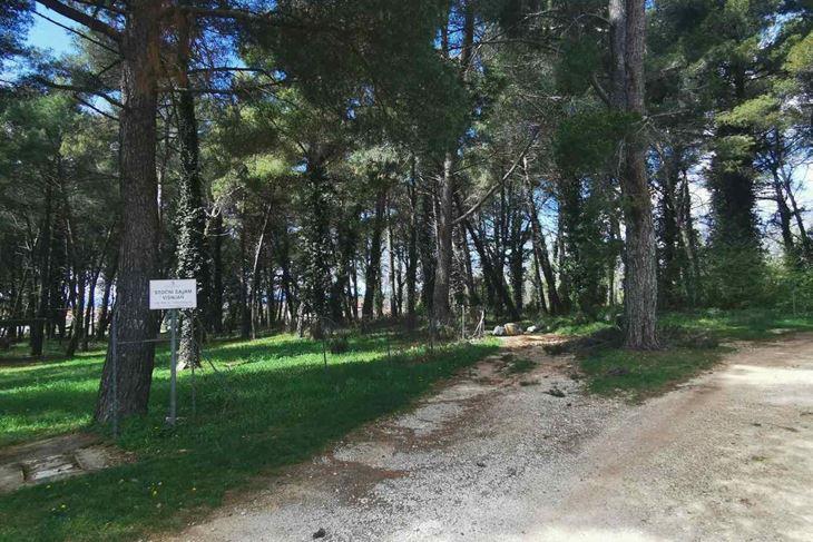 Općinsko zemljište koje je bivši predsjednik Općinskog vijeća kupio za 29, a onda prodao za 70 eura