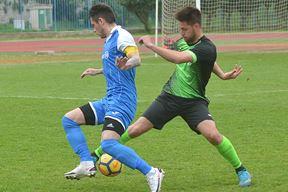 Dvostruki strijelac - Sebastijana Jokića (plavi, Uljanik) pokušava omesti Deni Damjanić (Snimio Danilo Memedović)