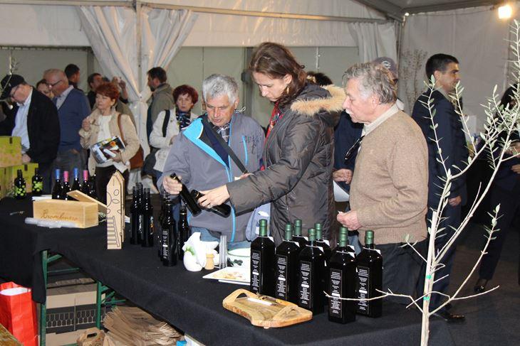 Oleum olivarum u Krasici jedan je od najstarijih sajmova maslinovog ulja u Hrvatskoj