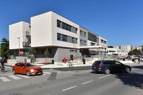 Zgrada nove Medicinske škole sagrađena je na mjestu stare koja je bila neuvjetna (Snimio Duško Marušić Čiči)