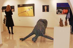U galeriji su radovi 27 umjetnika na temu ljudskog tijela (Snimio Luka Jelavić)