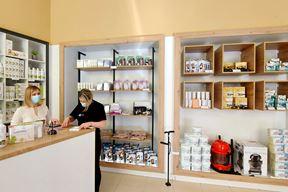 Trgovina BCTV-CELMAR PHARM otvorena je u centru Pule na adresi Trg prvog svibnja 4, pored tržnice