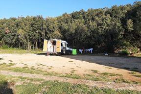 Ilegalno kampiranje na Sarcogiani