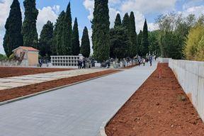 Prošireni dio groblja u Nedešćini (Snimio Branko Biočić)