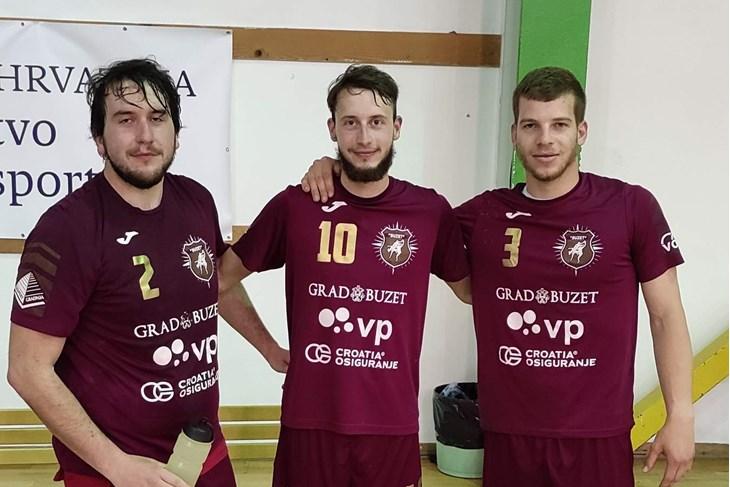VELIKI DOPRINOS POBJEDI - Braća Vanja (2) i Igor Šegota (10) te Toni Petohleb (3)