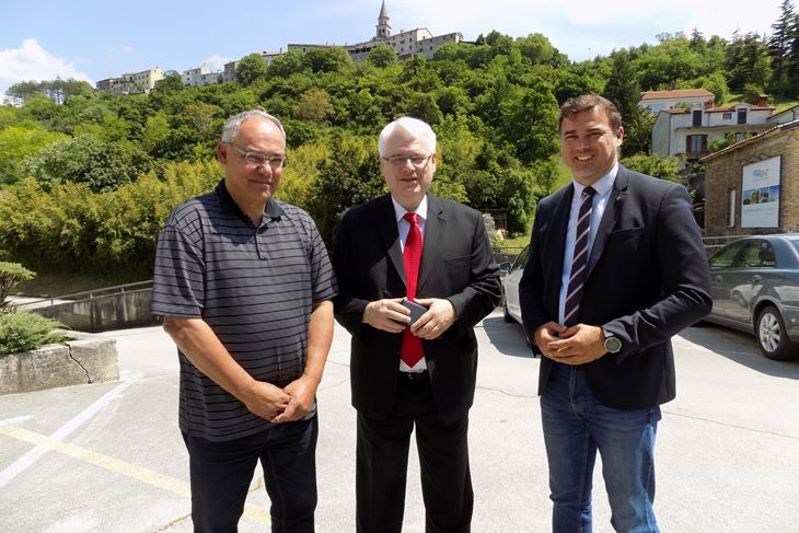 Kajin, Josipović i Ferić