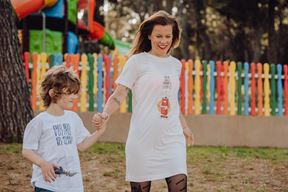 Ljetna kampanja novog brenda Maya koji je pulska dizajnerica Petra Fabian Kapov, kreatorica Mashne, kreirala sa sinom Androm