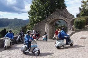 Nedjeljni susret u starom gradu Buzetu (Snimio Gordana Čalić Šverko)