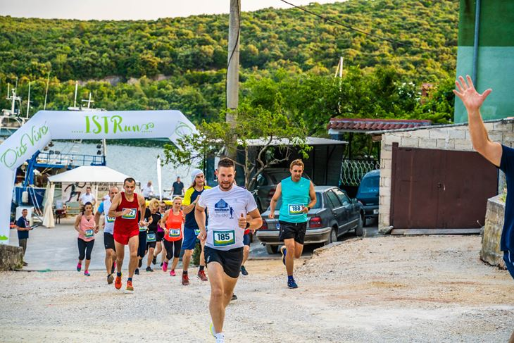 Utrka rekreativaca u dužini od 4,5 kilometara