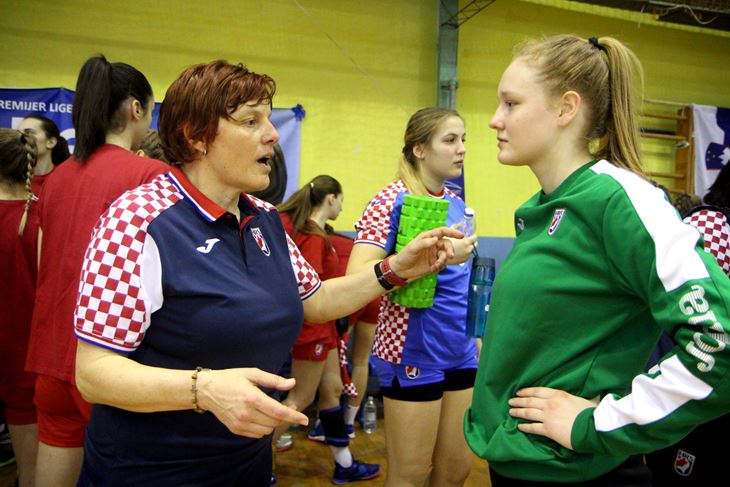 Adrijana Prosenjak i Lucija Blašković (Snimio Mijat Gavran)