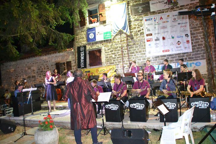 JM Jazz World Orchestra (Svjetski jazz orkestar glazbenih mladeži) (Foto Hrvatska glazbena mladež)