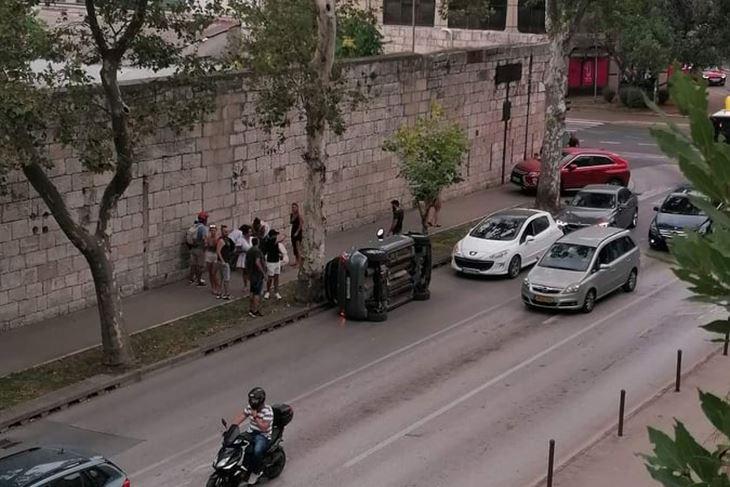 Prometna nesreća na Bulevaru (Snimila čitateljica)