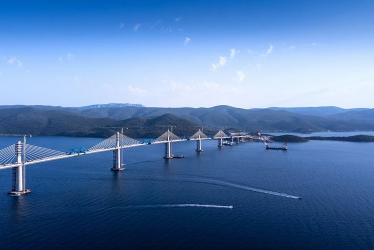 Zrcalo vremena - Peljeski most
