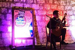 "Srđan Bulat na festivalu GitarISTRA ""More i gitare"""