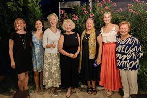 Anu Vicks s pulskim poslovnim ženama