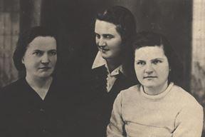 Majka Marija, Štefica i Marija prije odlaska u partizane (Snimila Ninica Gortan)