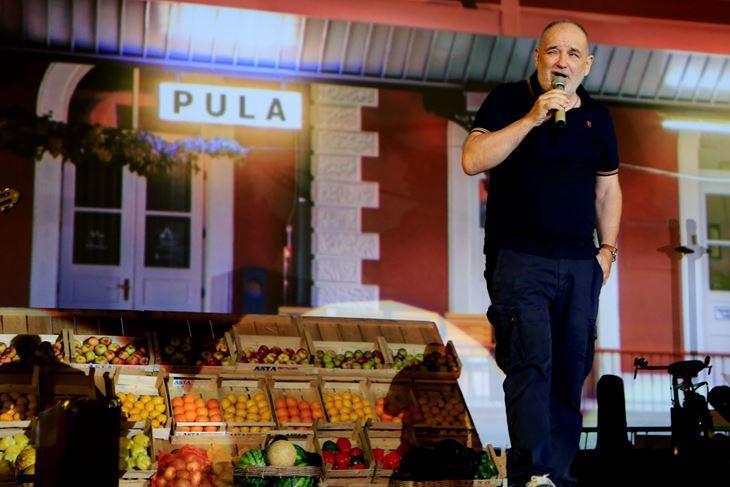 Balašević na koncertu u Puli (Snimio Goran Šebelić /CROPIX)