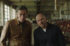 Krešimir Mikić kao Nikola i Rene Bitorajac kao Oleg u sceni iz serije